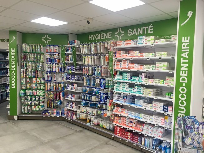 Proexpace agencement pharmacie du Casino Le Cannet