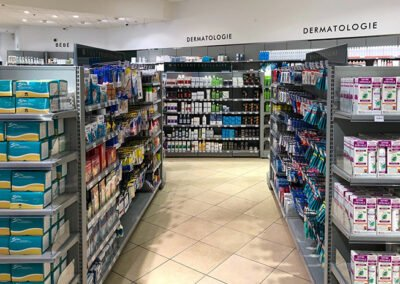 Proexpace agencement pharmacie - Val d'Europe - Serris - broches